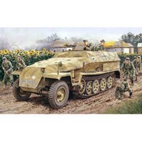 ドラゴンモデル 【再生産】1/35 WW. II ドイツ軍 Sd. Kfz.251/1 Ausf.C 装甲兵員輸送車【DR6187】 プラモデル DR6187 Sd. Kfz.251/1 【返品種別B】