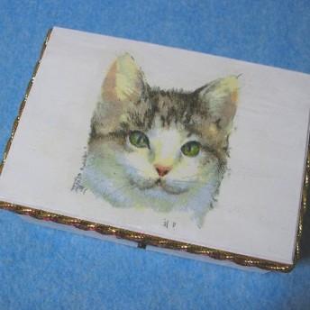 子猫の木製ジュエリーボックス 小物入
