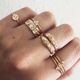 指輪 リング 8点セット アクセサリー レディース スタックリング バラ ローズ ラインストーン ファッション小物 おしゃれ デート ギフト 記念日