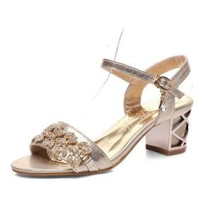 (ヴォーグゾーン009) VogueZone009 ガラスのダイヤモンド 金属スナップ バックル 女性用 サンダル 011022 21.5cm ゴールド