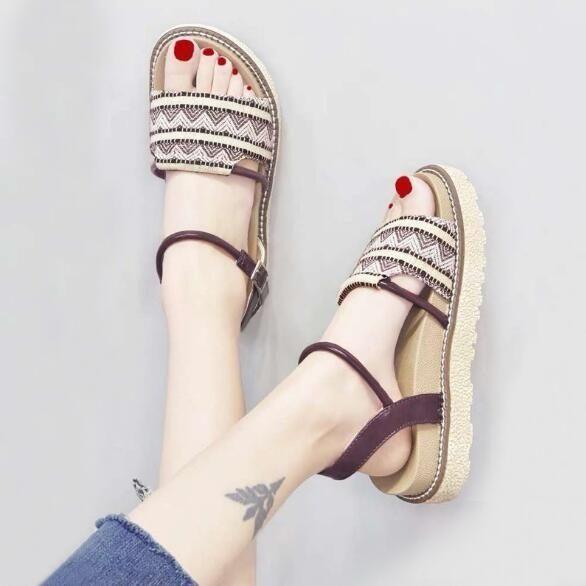 厚底涼鞋 涼鞋女夏季新款學生百搭平底超火厚底羅馬鞋ins潮