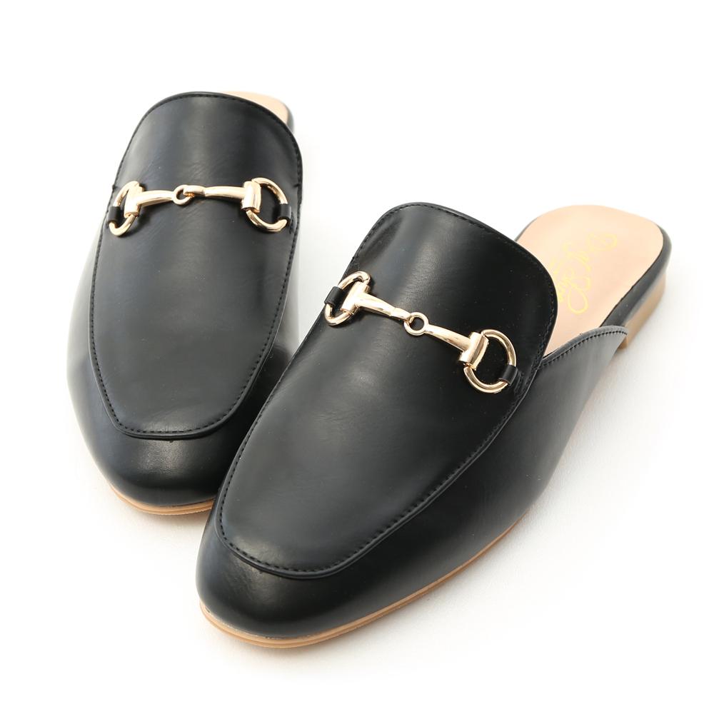 D+AF 經典潮流 質感馬銜釦平底穆勒鞋 黑