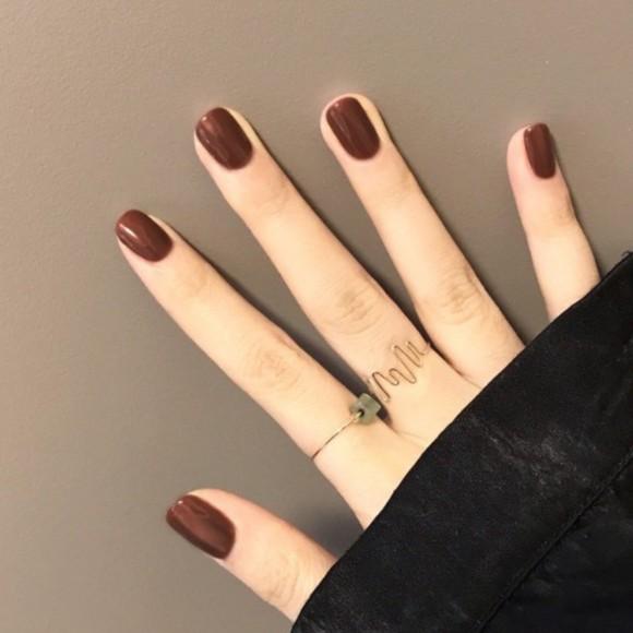 指甲貼片 NEH179 小甲型少女指甲貼韓國純色咖啡巧克力色美甲成品短款假指甲貼片【買1送5配件】