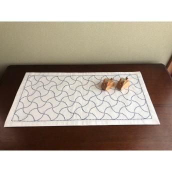 刺し子のテーブルセンター