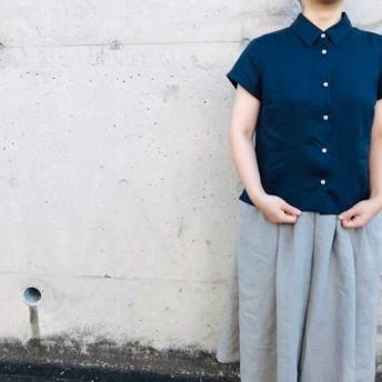 リネンの四角い半袖シャツブラウス / ショート丈 / ネイビー(全3色)