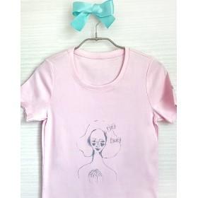 ときめく女の子のためのTシャツ(ピンク)リボンつき