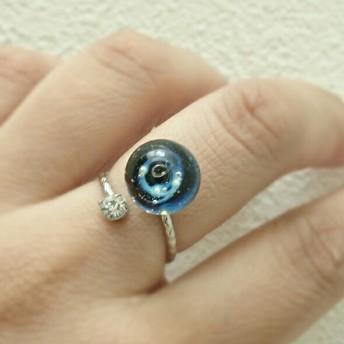 【受注制作】*指をかざる銀河*宇宙ガラスの指輪*1粒タイプ