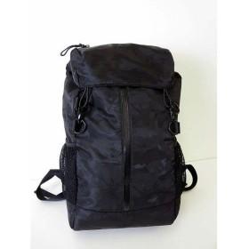 【中古】グリーンレーベルリラクシング green label relaxing リュック リュックサック デイパック バックパック ナイロン 迷彩 カモフラ柄 黒 かばん 鞄
