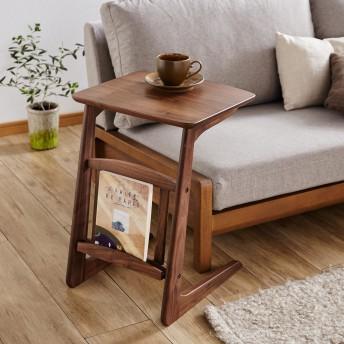 ウォルナット材を贅沢に使用したソファーサイドテーブル