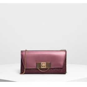 【CHARLES & KEITH:財布/小物】チェーンディテール ターンロックウォレット / Chain Detail Turn Lock Wallet