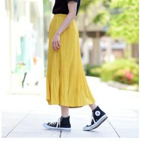 【J Lounge:スカート】ナチュラルサテンプリーツフレアスカート