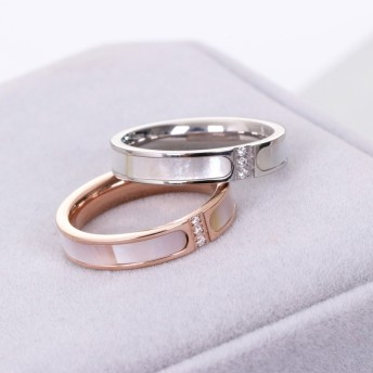 【レディースジュエリーステンレ ス316L 18Kgf ピンクゴールド リング 指輪 】天然ホワイトシェル 白貝 3個ダイヤ リング 指輪 ピンキーリング 色落ちしない高品質 ブレスレット