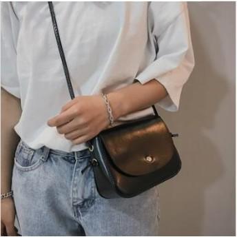 韓国 人気のかばん / ショルダー・バッグ / クロスのかばん機能性とエレガントさを兼ね備えたミニバッグ