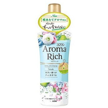 【5%還元】【価格据え置き】ソフラン アロマリッチ(Aroma Rich) 柔軟剤 サラ(Sarah) アクアティックブーケアロマの香り 520ml ライオン(LION)