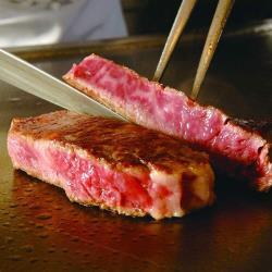 ◎油脂分布均勻,牛肉口感實在br嚴選16-18個月優質幼公牛br天然放牧頂級好肉|◎|◎主商品:紐西蘭PS級嫩肩牛排(肩胛肉Chuck)(每片200g±10%)*15片重量/容量:每片200g±10%