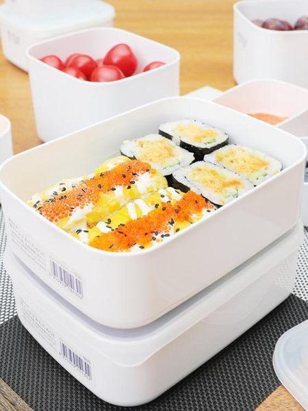 日本進口保鮮盒塑料密封盒食品級冰箱收納冷藏盒微波爐飯盒便當盒 poly girl