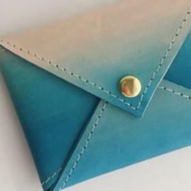 カードケース グラデーションカラー ライトブルー