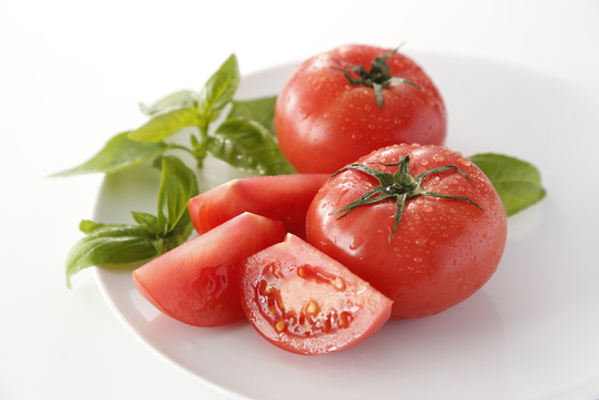 バジルとトマト