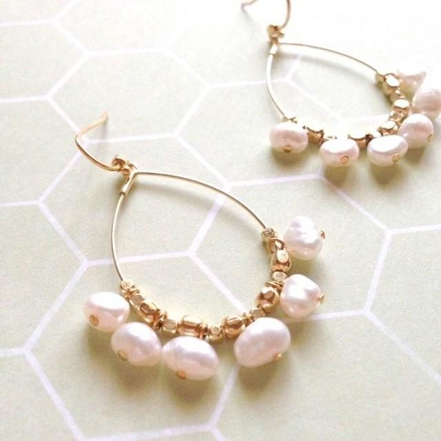 Drop fril pearl pierce