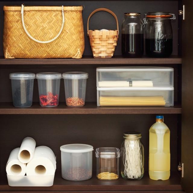 収納スペースのすき間を有効活用!整理整頓のアイデア7選