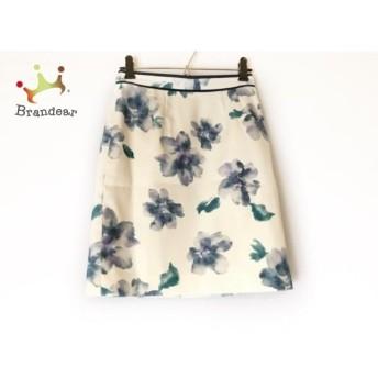 ジャスグリッティー スカート サイズ0 XS レディース 美品 白×ダークネイビー×マルチ 花柄 新着 20190831