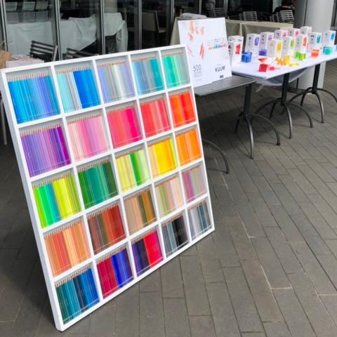 国際的なデザイン賞で最優秀賞を受賞した500色の色えんぴつを体験しに、二子玉川で開催されたフェリシモのイベントに行ってきた!