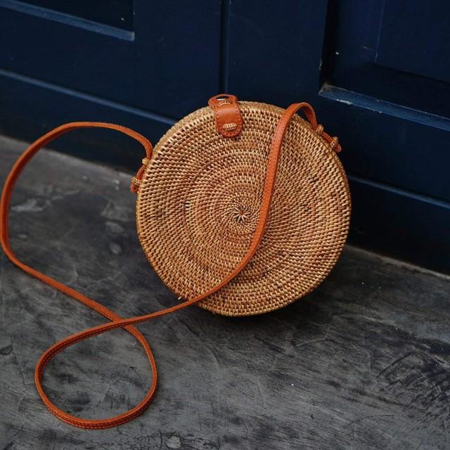 Lokatan カゴバッグ 丸型 肩掛け 斜めがけ 2way かわいい ラタン サークル型籠バッグ 春夏 草編みバッグ パーチャスバッグ Plain Brown Bali Rattan Bag
