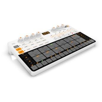 コンパクトアナログ/PCMドラムマシン 乾電池 / USB駆動 UNO Drum クロスグレード for KORG Volca