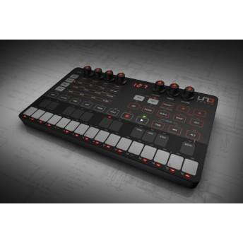 コンパクトアナログ・シンセサイザー 乾電池 / USB駆動 UNO Synth クロスグレード for KORG Volca
