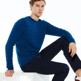 変形ケーブル柄クルーネックニットセーター