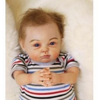 リボーンドール リアル赤ちゃん人形 かわいいベビー人形 ハンドメイド海外ドール 衣装付き ブルーアイ アーティストメイク 外国の男の子