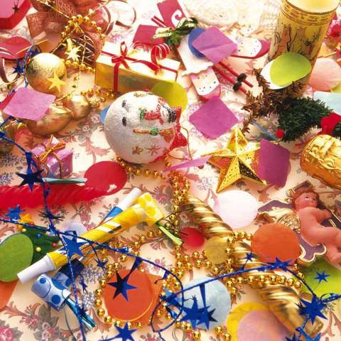 クリスマス飾りにはおしゃれな雑貨を!華やかなグッズをご紹介