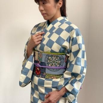 市松模様が粋でおしゃれな単衣着物、浴衣としても着用出来ます。