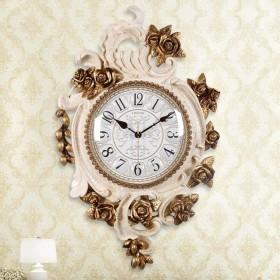 Weihuiwangluo 不規則な壁時計刻まれたプラスチックフレームサイレントノンティックスイープムーブメントクォーツ時計 (Color : A)