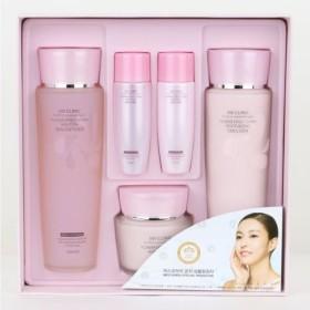 3Wクリニック[韓国コスメ3w Clinic]Flower Effect Extra Moisturizing Skin Care set フラワーエフェクトエクストラモイスチャージングスキンケア3セット,樹液,乳液,クリーム [並行輸入品]