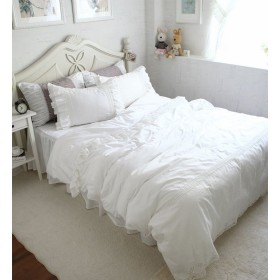 SIBAIER 「白雪姫が来るよ!」 綿100% ラッフルフリル 刺繍がついているワイドレース ホワイト ベッドカバーセット(ベッドカバー ベッドスカート 枕カバー) (セミダブル 三点セット)