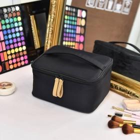単色 化粧バッグ旅行, 化粧ポーチ 小さい 大容量 ポータブル な 多機能 ウォッシュ バッグ 女性化粧品バッグ-黒 22x18x11cm(9x7x4inch)