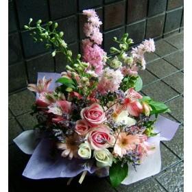 開店祝い 誕生日 人気ランキング プレゼント おまかせ ベビーピンク色 フラワーアレンジメント