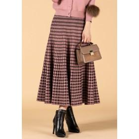 QUEENS COURT 【WEB別注】《手洗い可能》千鳥チェック柄ジャガードロングニットスカート その他 スカート,ピンク