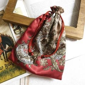 ヴィンテージスカーフ・巾着袋(ボルドー系)