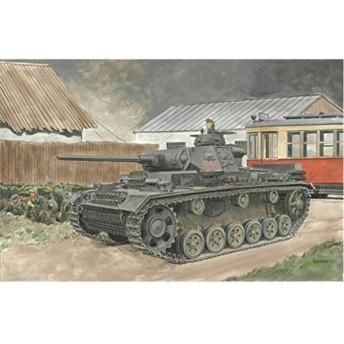 1/35 第二次世界大戦 ドイツ軍 III号戦車 J型 短砲身/長砲身 プラモデル[DR6394]