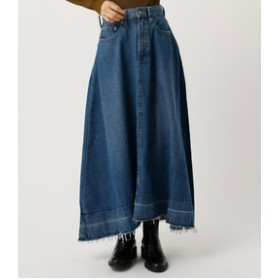 【SALE開催中】【AZUL by moussy:スカート】FLARE FRINGE DENIM MAXI SKIRT