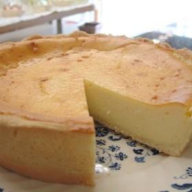 2種類のチーズ使用 濃厚焼きチーズケーキ