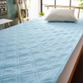吸水速乾素材のニットワッフル素材の敷きパッド
