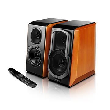 高質感原木側板,觀感典雅奢華 平板高音,高解析、高靈敏度,音質細膩 平直、人聲、古典、動態4種聲音模式 無線遙控,智慧控制開機音量 支援光纖同軸、藍牙、AUX及XLR平衡端子 一年保固