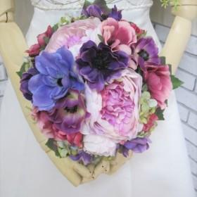 アネモネのラウンドブーケ。高品質な造花使用♪ブートニア付き♪生花みたいに綺麗な造花です♪高品質なのに安い