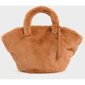 【2019 WINTER 新作】ファートラペーズバッグ / Fur Trapeze Bag (Tan)