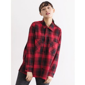 【E hyphen world gallery:トップス】・UNIVERSAL OVERALL OMBRE SHIRT