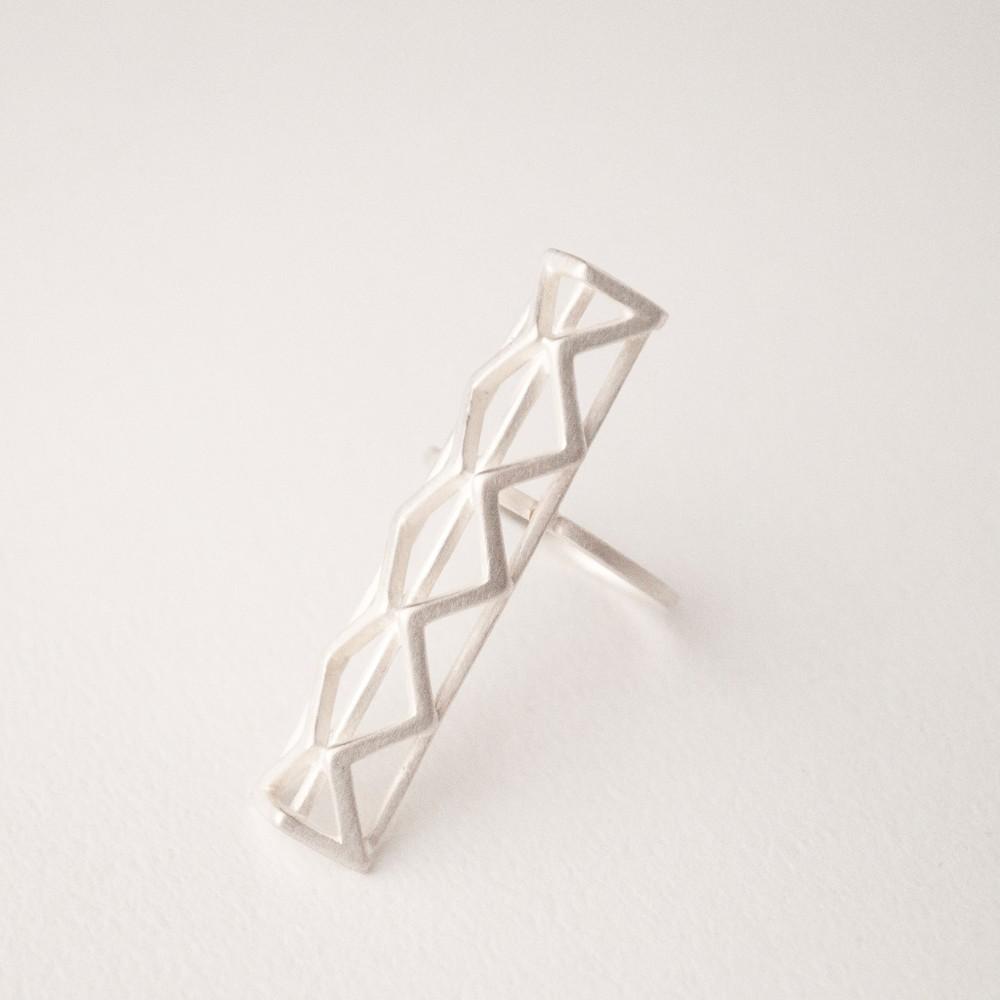 直立X三角體戒指/s925純銀