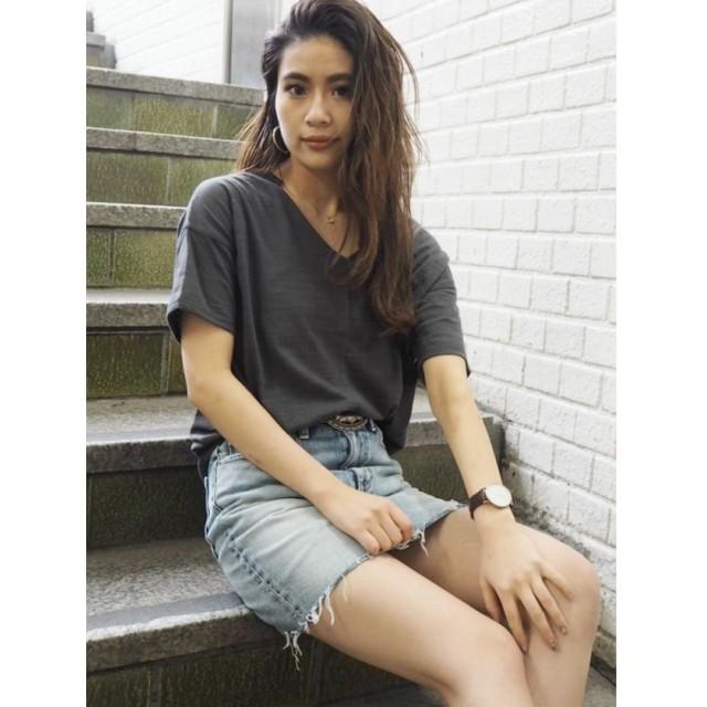 【50%OFF】 ジェイダ VネックデザインスラブTシャツ レディース ブラック F 【GYDA】 【セール開催中】
